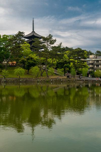 Sarusawa-no-ike Pond Kofuku-ji temple