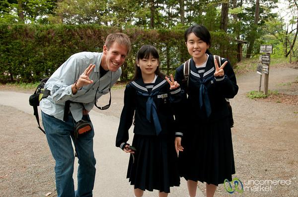 Dan with Japanese School Kids - Takayama, Japan