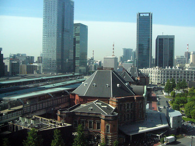 Tokyo Station (東京駅) showing the Marunouchi exit, was fashioned after Amsterdam's main station. From here you can walk to the Imperal Palace grounds about 5mins away. Tokyo Springtime.2007