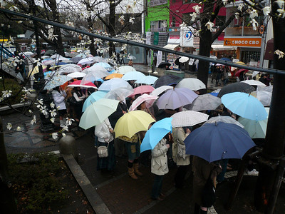 Harajuku shoppers waiting for a store opening Tokyo Springtime.2007