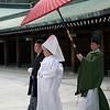 "Traditional Japanese Shinto wedding couple, <a target=""NEWWIN"" href=""http://en.wikipedia.org/wiki/Meiji_Shrine"">Meiji Jingu Shrine</a>, Toyko, Japan"