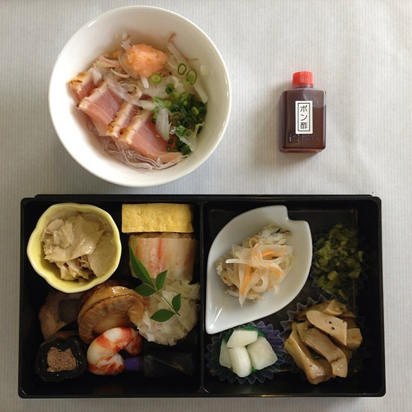 ANA Japanese lunch, en route Tokyo to Mumbai. Japanese food as art #lunchspiration