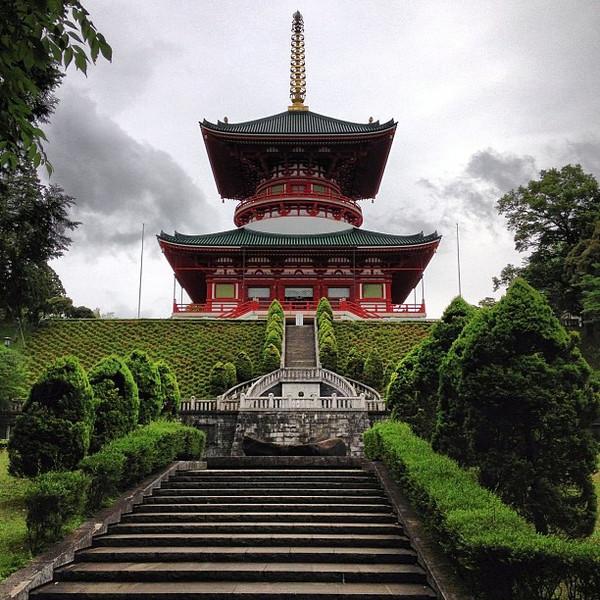 Early AM walk, Naritasan Shinshoji Temple - Narita, Japan