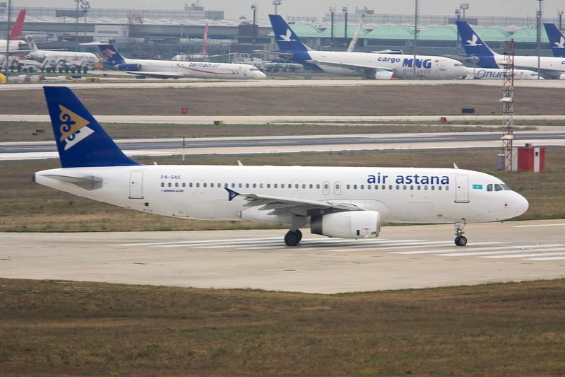 """P4-SAS Airbus A320-232 """"Air Astana"""" c/n 2016 Istanbul-Ataturk/LTBA/IST 15-09-09"""