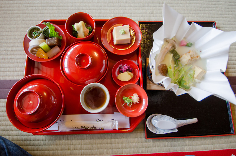 Buddhist temple lunch at Tenryu-ji Temple | The best Kyoto temples & shrines