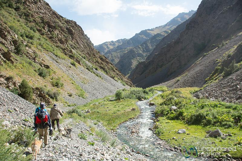 Trekking to Daroot Korgon - Alay Mountains, Kyrgyzstan