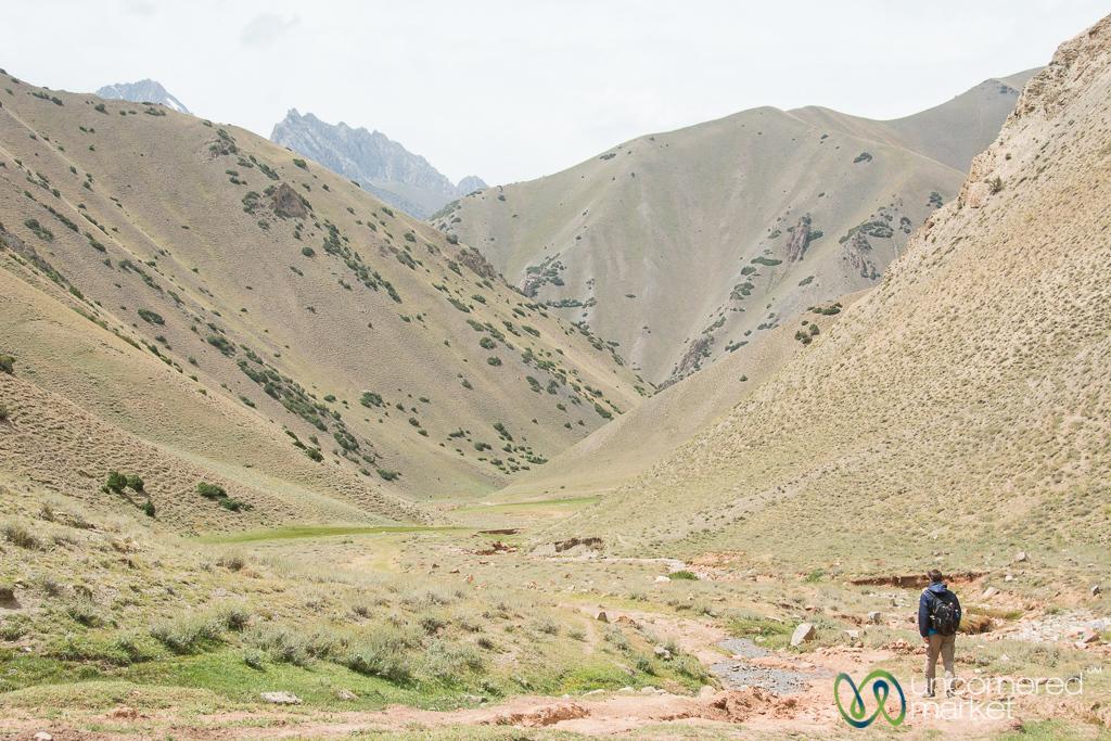 Trekking through the Alay Mountains - Kyrgyzstan