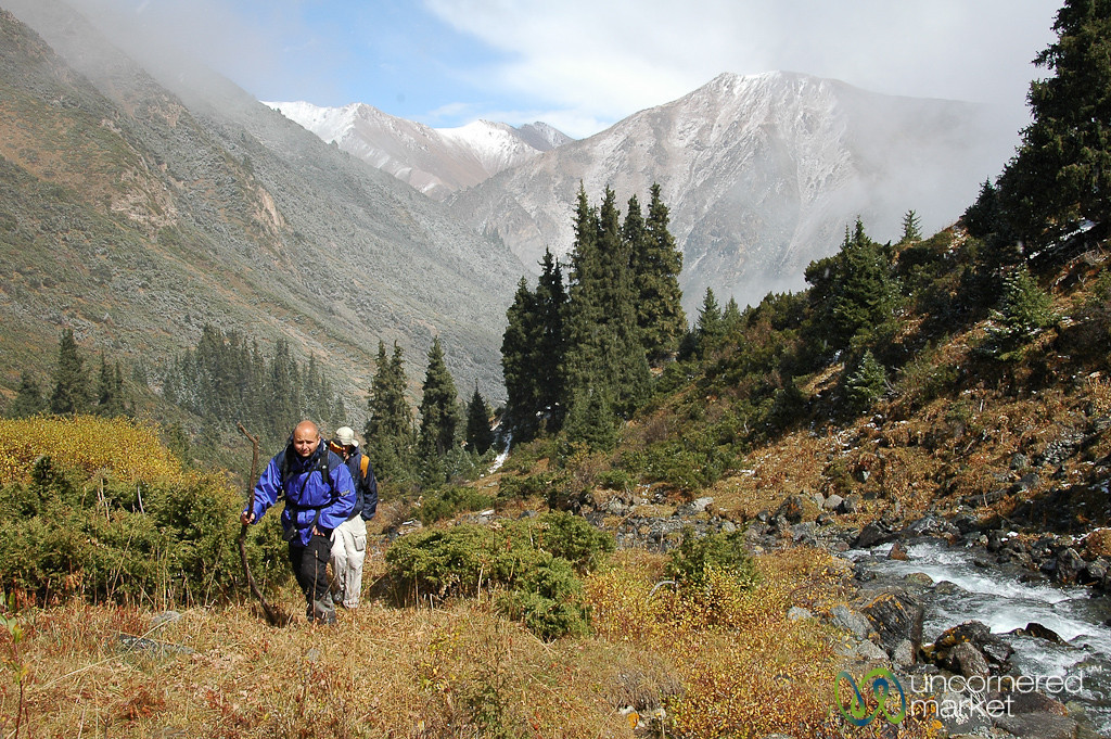 Trekking to Ala Kul Lake - Kyrgyzstan