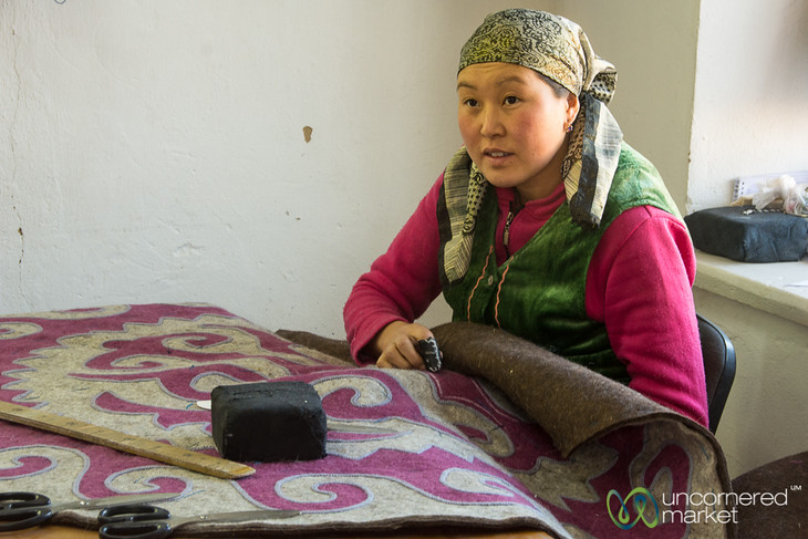 Making a Shyrdak at Golden Thimble - Bakonbaevo, Southern Shore, Kyrgyzstan