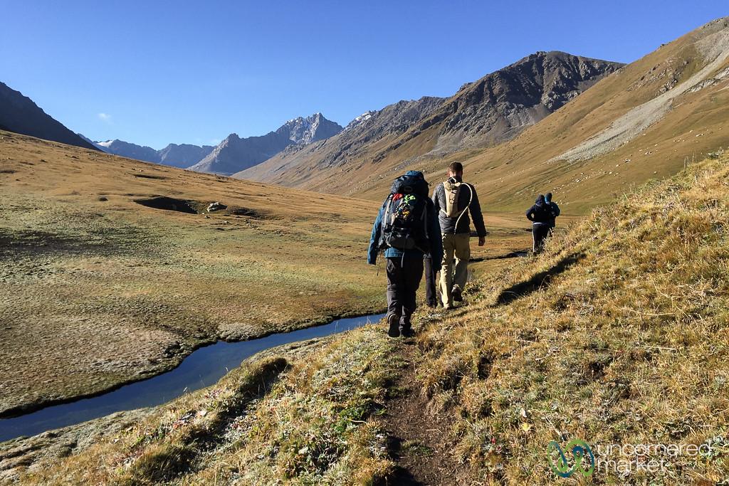 Morning Trekking, Jyrgalan Trek - Kyrgyzstan