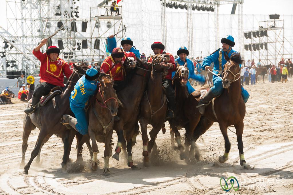 Kyrgyzstan-Kazakhstan in the Kok-boru Final at World Nomad Games 2016
