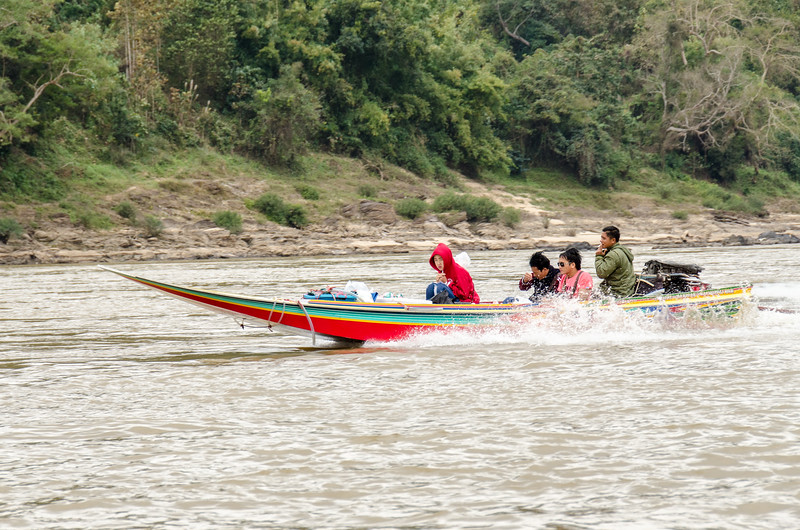 These locally made sppedboats are what you take if you're in a hurry. Their safety reputation is not so good!
