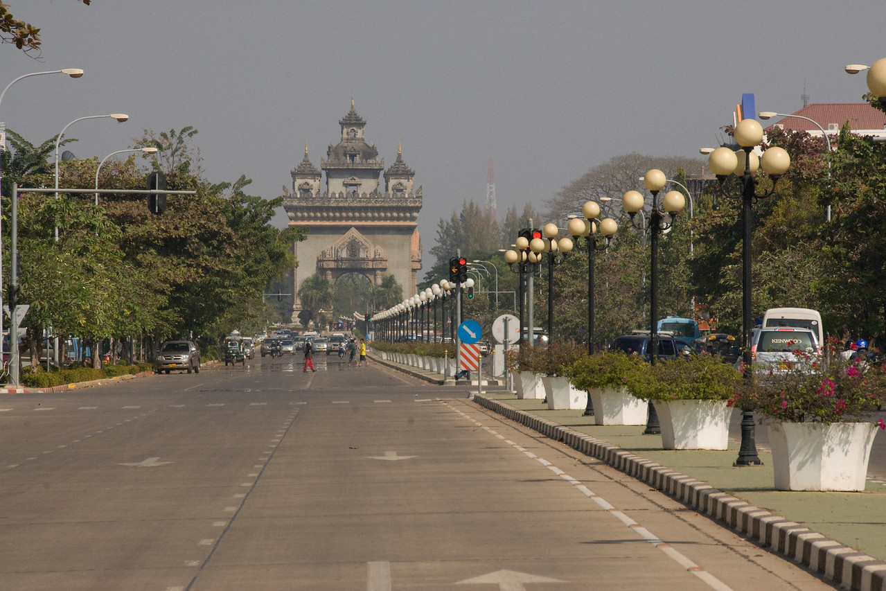 The Patousai Arch sticking out from a busy road in Vientiane, Laos
