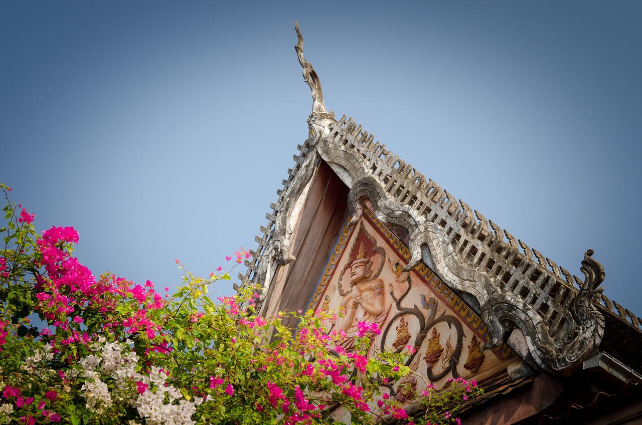 Gable details at Sisaket Temple.