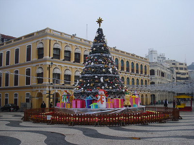 Senado Square Christmas Tree