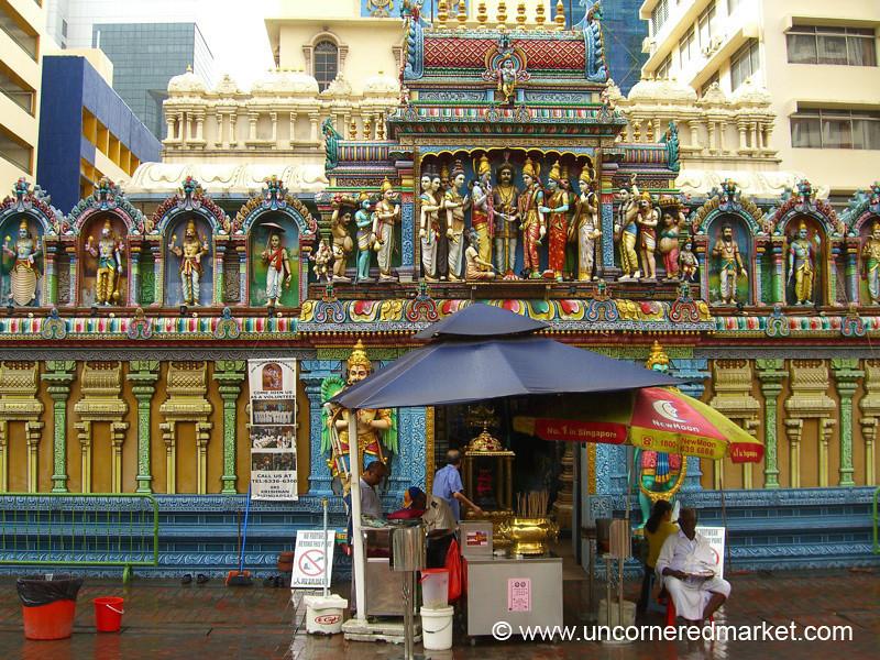 Sri Mariamaman Hindu Temple - Singapore