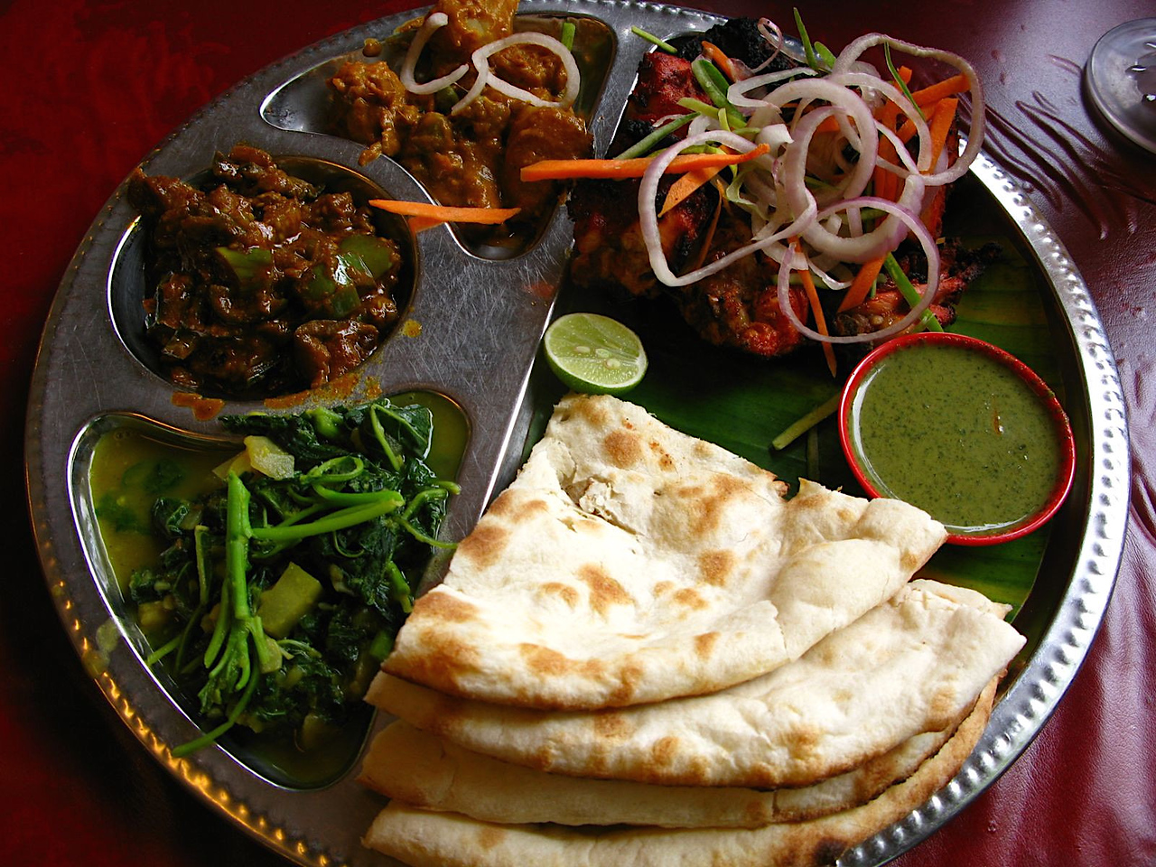 Naan bread: for celiacs, it needs to be avoided in Malaysia as with anywhere else, but there are lots of safe Indian dishes to eat instead.