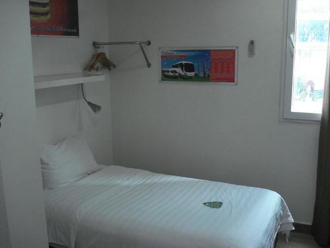Tune Hotel Bed