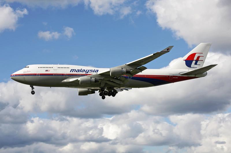 9M-MPK Boeing 747-4H6 c/n 28427 Heathrow/EGLL/LHR 11-05-12