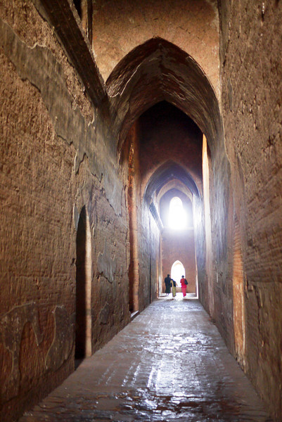 The huge thick walls of Dhammayangyi Pahto temple in Bagan, Burma (Myanmar)