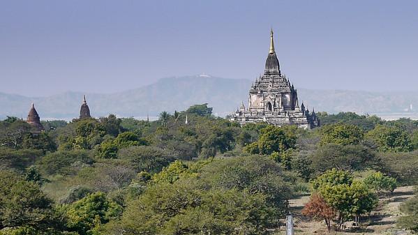 Thatbyinnyu Temple in Bagan, Burma (Myanmar)