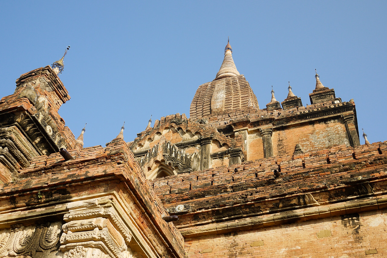Dhammayangyi Pahto temple in Bagan, Burma (Myanmar)