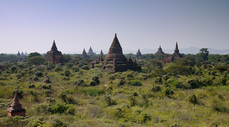 The temples of Bagan spread out on the plains