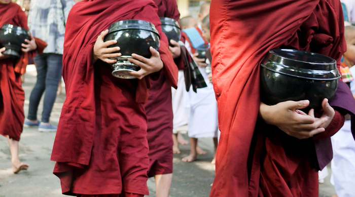 monks at Maha Gandayon Monastery in Mandalay