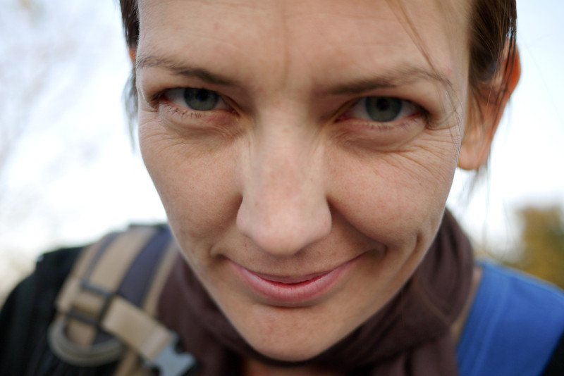 Ana experiments with the camera as we wait for the bus from Nyaung Shwe to Mandalay.