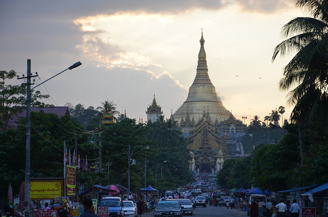 To the Shwedagon Pagoda