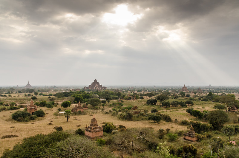 Between the 11th and 13th centuries, over 10,000 Buddhist temples, pagodas and monasteries were constructed in the Bagan plains alone, of which the remains of over 2200 temples and pagodas still survive to the present day