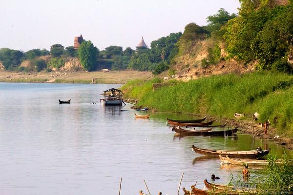 Ayeyarwady River, Bagan
