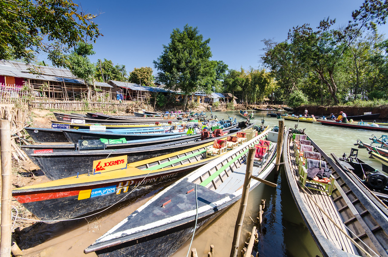 Long boats at Indein Village.