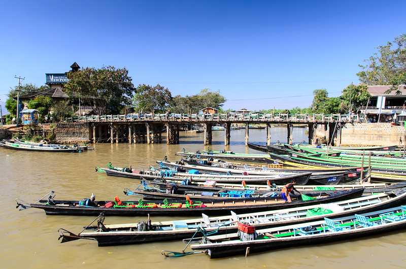 Long boats docked in Nyaungshwe.