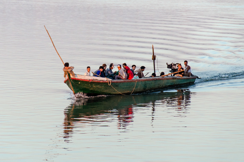 As we get closer to Mandalay the river gets even busier.
