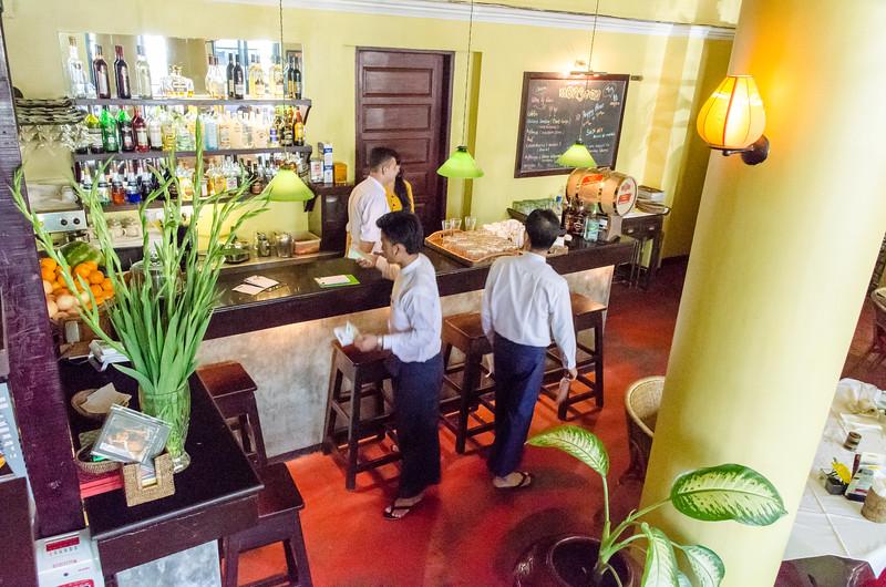 The bar at Monsson Restaurant.