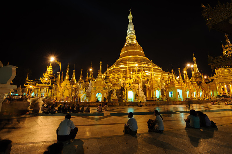 Shwedagon Pagoda at night (just before a power outage)