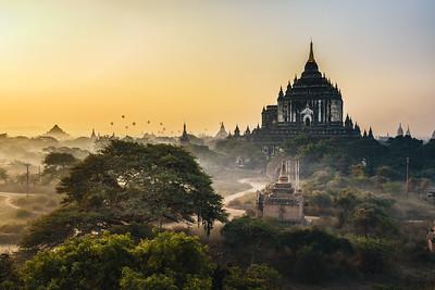 Scenic sunrise above Thatbyinnyu temple in Bagan, Myanmar