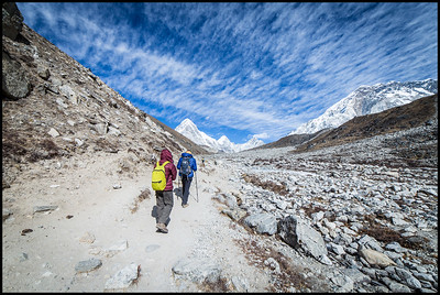 Trek to Lobuche