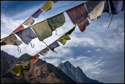 Prayer flags, Phakding