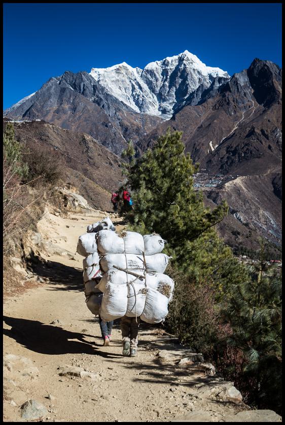 Route to Tengboche
