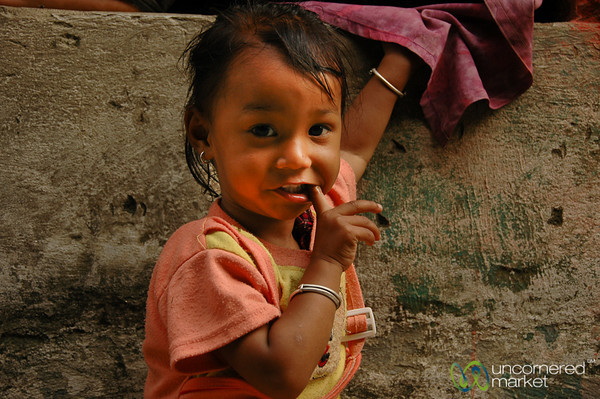Shy Cutie - Ngadi Bazaar, Annapurna Circuit (Nepal)