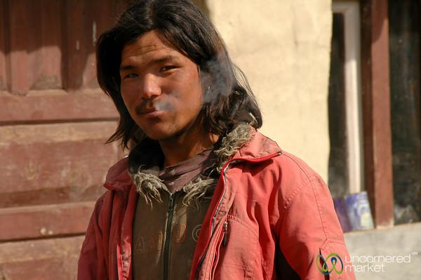 Smooth Smoker - Annapurna Circuit, Nepal
