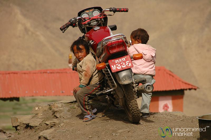 Young Riders - Annapurna Circuit, Nepal