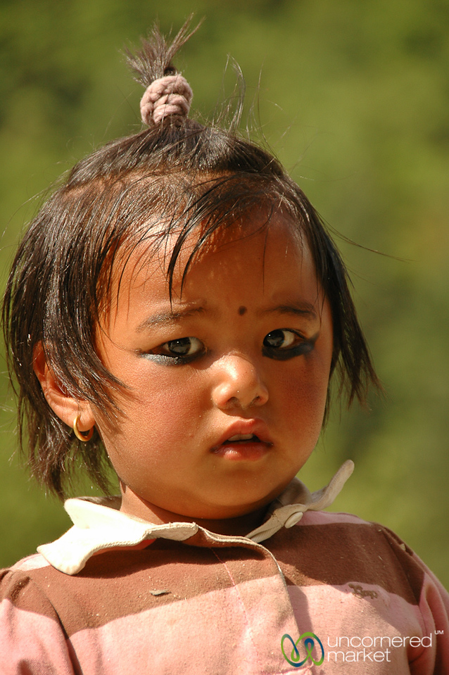 Charcoal Eyes - Annapurna Circuit, Nepal