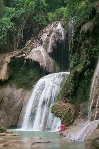 Kwuang Sy Waterfall
