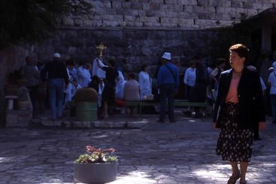 Jerusalem er pilgrimmer på åndelig poengplukking i et varehus fullt av hellige steder og opplevelser. Her et fåtall. (Foto: Geir)