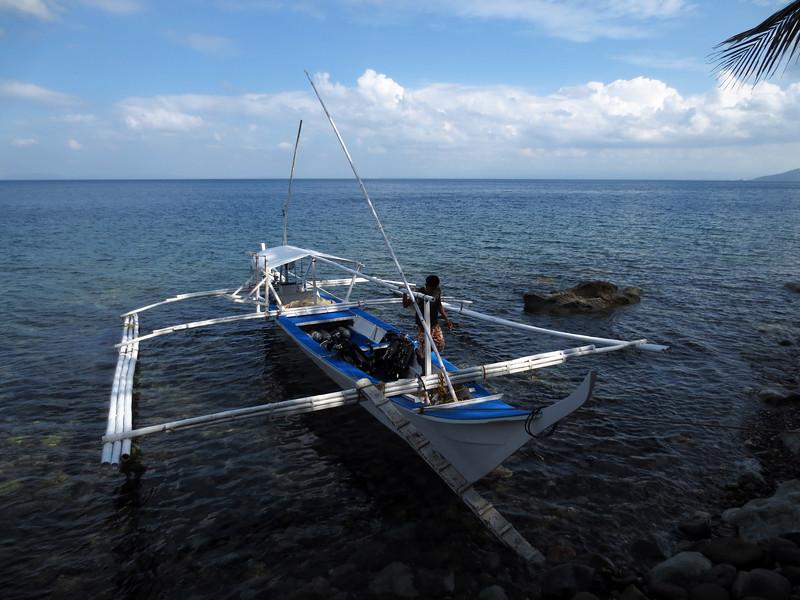 Club-O dive boat.