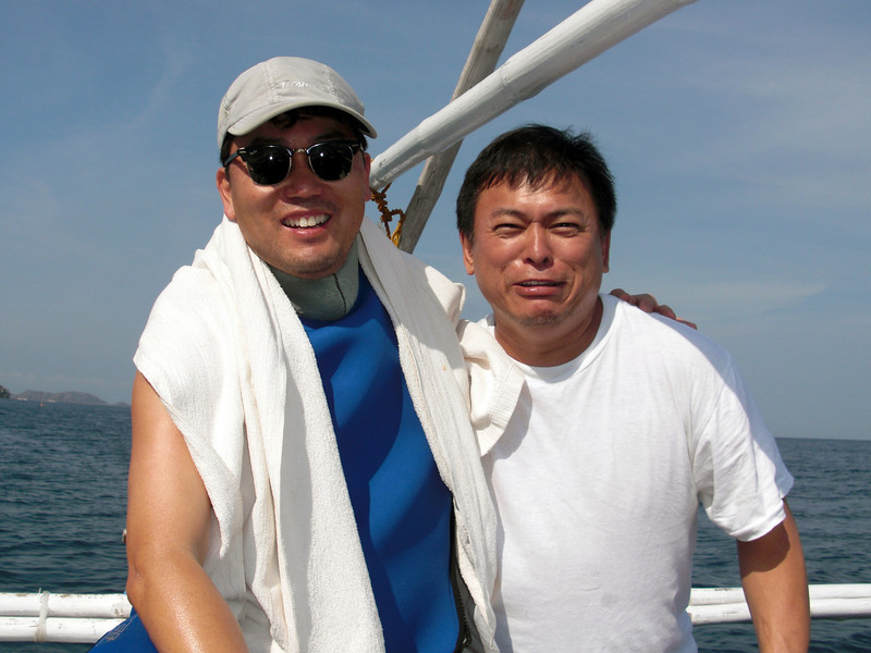 Kevin & Boy<br /> Club Ocellaris<br /> Anilao, Philippines