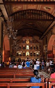 Cebu - Church of Santo Niño, interior